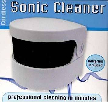 коробочка Sonic denture cleaner