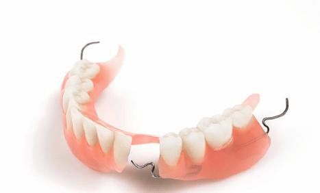 Зубные протезы на крючках - фото