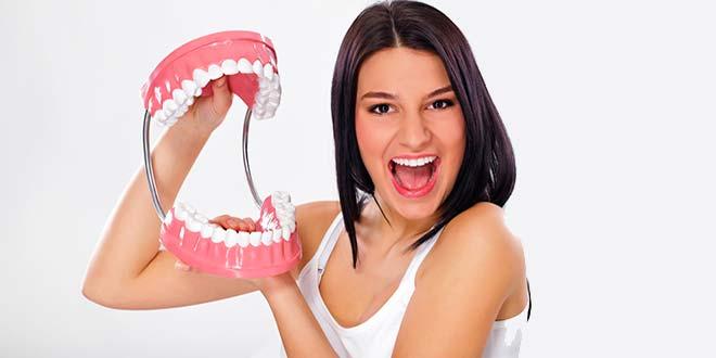 как хранить зубные протезы