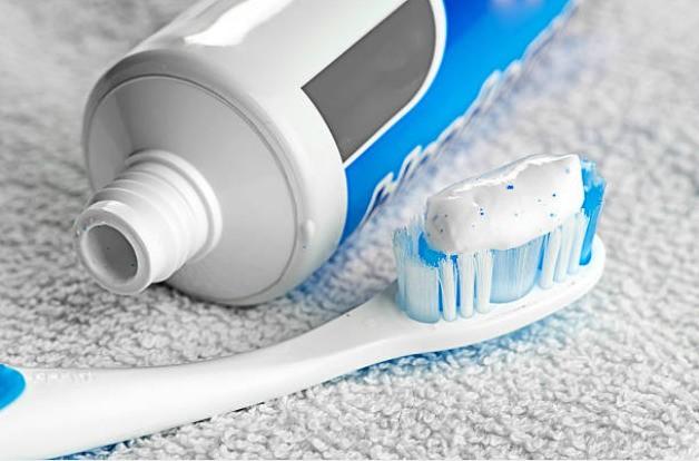 зубная паста снимающая воспаление десен